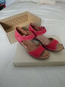 Clarks Red Nubuck Sandals Size 5 - Used (worn once) with box