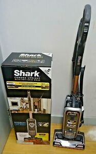 Shark Anti Hair Wrap Upright Pet Vacuum Cleaner AZ910UKT