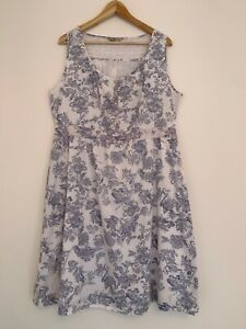 TU cotton sleeveless dress, UK size 18, lace, elasticated back, generous size.