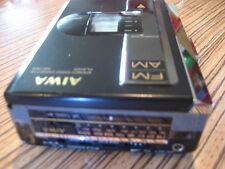 Aiwa MC Cassette WM HS-T23 Tadio Ok Cassette def. batt. Deckel fehlt.