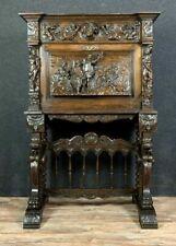 Magnifique pièce de Musée pour ce Cabinet Renaissance de Château en chêne
