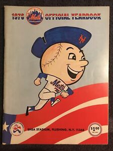 1976 New York Mets Official Year Book Baseball ORIGINAL