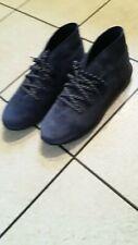 Under Armour mens size 10 blue shoes