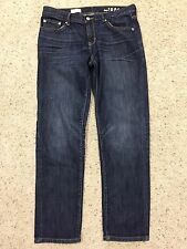 GAP 1969 SEXY BOYFRIEND Distressed Ankle JEANS size 26 cropped ADORABLE A7