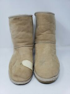 UGG Boots mens Size M11 5800 Classic short Brown suede sheepskin boots 11 Beige