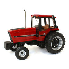 1/16 Prestige Series International Harvester 3288 Cab 2WD ERTL 44140 NEW