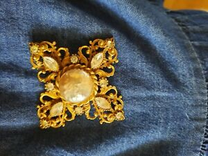 Miriam Haskell Style Vintage Gold Pearl Brooch Pendant
