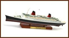 France  Atlas Editions 7572-003  1/1250 Scale Model French Passenger Liner