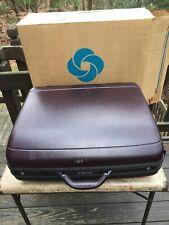 Vintage Samsonite Silhouette Burgundy Hard side 26 Valet Luggage Used