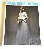 Vintage Vogue Special Design Wedding Dress Pattern—Bust 34—Uncut/Factory Fold