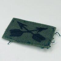 Vietnam Green Beret Vintage Patch Black on Green Insignia (36)
