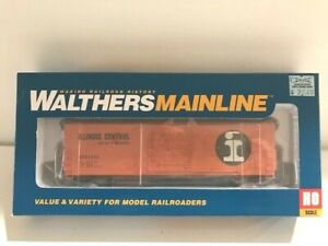 Walthers Mainline HO 910-1929 50' Evans Smoothside Boxcar Illinois Central
