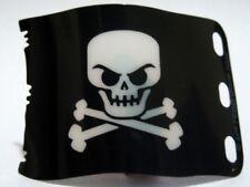 LEGO - Plastic Flag 7 x 4 w/ Pirate Skull and Crossbones (Jolly Roger) - Black