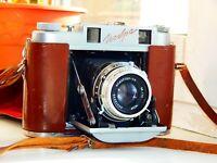 VERY RARE RED ISKRA USSR Folding Camera COPY AGFA Medium Format w/s lens AS IS