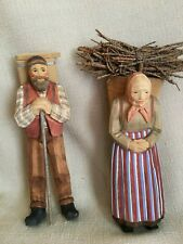 Wood Carving - Swiss Made - Couple Figures - Very Fine -Original Paper Tag