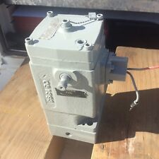 Woodward EG3P GOVERNOR  UnIt Model E8250-087 Sn.975572