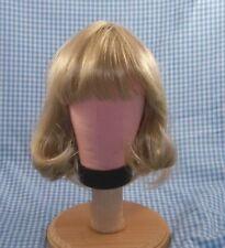 Vintagelt.blonde Doll Wig sz 11 bangs & long bob hair style Tallinas in package