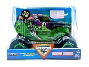 Monster Jam Grave Digger Monster Truck 1:24 Scale Die-Cast Vehicle - NEW 2019!