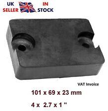 Memoria intermedia de goma rectangulares para remolque camión rampa Jetski Barco Horsebox 101x69 mm