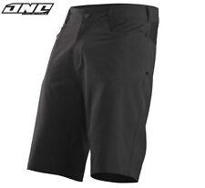 Shorts et cuissards orange pour cycliste