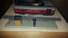OO Gauge Meccano Hornby Dublo Royal Mail Coach W 807 and track pick up point