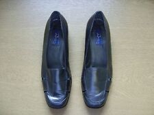 Ladies Shoes Romba grey metallic leather, cut-outs, UK 6, EU 39, used 3410