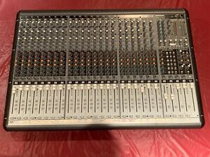Mackie Onyx 24.4 Premium 24-Channel Analog Live Sound Mixing Console