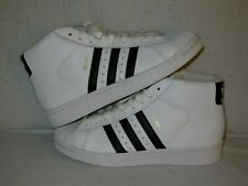 Adidas  PRO MODEL  White/Black  YOUTH size  5    (Will fit WOMEN'S -6)