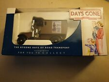 Lledo Days Gone 1912 Renault Van with Womens Land Army DG085020 Boxed Diecast