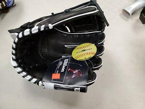 Wilson A1000 Softball 12``Black/White Closed Web RHT(A10RF19P12)New with Tags