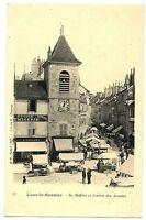 CPA  39 Jura Lons-le-Saunier Le Beffroi et l'Entrée des Arcades animé