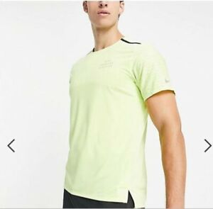 Nike Men's Dri-FIT Rise 365 Run Division Running Top Shirts DD4851 736 Size L