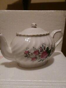 Vintage Arthur Wood And Son Staffordshire, England 6097 Floral English Teapot