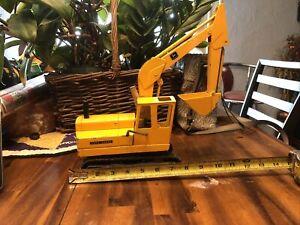john deere excavator toy