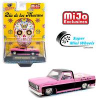 """M2 Machines 1:64 - 1973 Chevy Silverado Deluxe 10 Pink """" DIA DE LOS MUERTOS """""""