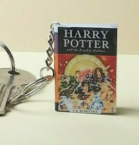 Harry Potter Keyring Keychain The Deathly Hallows Mini Book