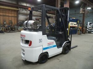 2016 Nissan MCU1F2A30LV, 6,000#, 6000# Cushion Tired Forklift w/ 3 Stage & SSFP