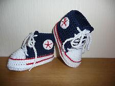 Babychucks, Babyschuhe, Socken, gehäkelt, gestrickt, weiß/marine/rot 10 cm Neu