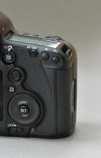 Canon EOS 5D Mark III 22.3MP Digital SLR Camera - Black ,shutter count : 1810