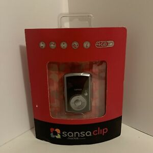 New SanDisk Sansa Clip Black 4 GB FM Digital Media MP3 Player