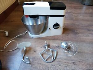 Kenwood chef a901 mixer With Attachments