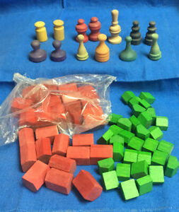 1985 MONOPOLY DLXE ANNIV WOODEN TOKENS 13  HOUSES 32 HOTELS 25 (13 NEW IN BAG)
