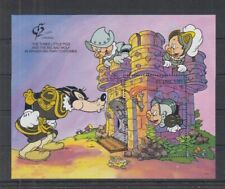 S802. St Vincent - MNH - Cartoons - Disney's - The Three Little Pigs