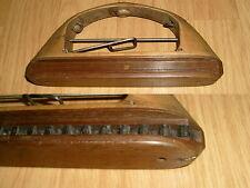 1  Navette de Tissage en Bois - Ancienne - Longueur 18 cm