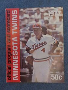 Minnesota Twins Official 1977 Program