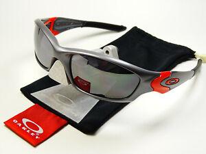 Oakley Straight Jacket 2.0 Ducati Sonnenbrille Racing Inmate Juliet Hatchet Five