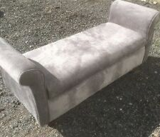 Chaise Longue/Bed end/Love seat/Window seat with Storage