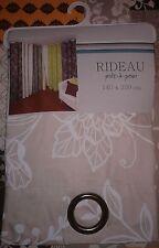 1 Rideau NEUF beige / blanc à oeillets 140 x 250 cm