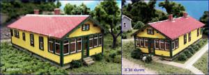 Blair Line (N-Scale) #094 ATSF SECTION HOUSE * Wood Laser Kit - NIB