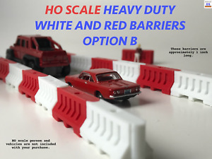 1:87 (Ho Scale) RED AND WHITE HEAVY DUTY BARRIER OPTION B SET OF 10 (Highway)